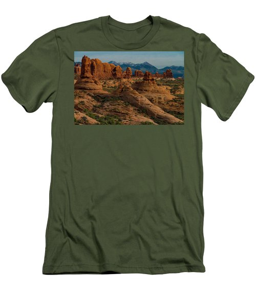 Men's T-Shirt (Athletic Fit) featuring the photograph Arches National Park by Gary Lengyel