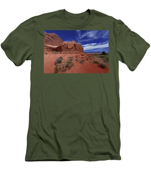 Arches Scene1 Men's T-Shirt (Athletic Fit)