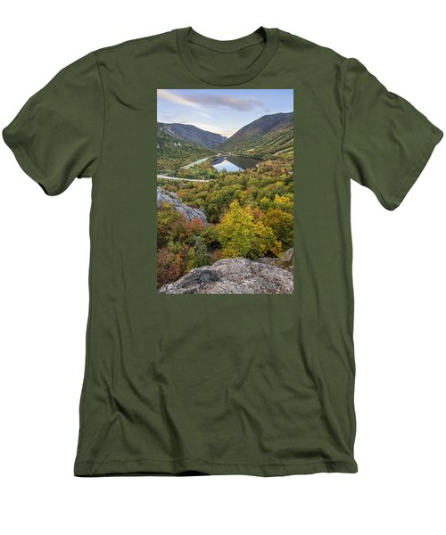 Autumn On Artist's Bluff Men's T-Shirt (Athletic Fit)