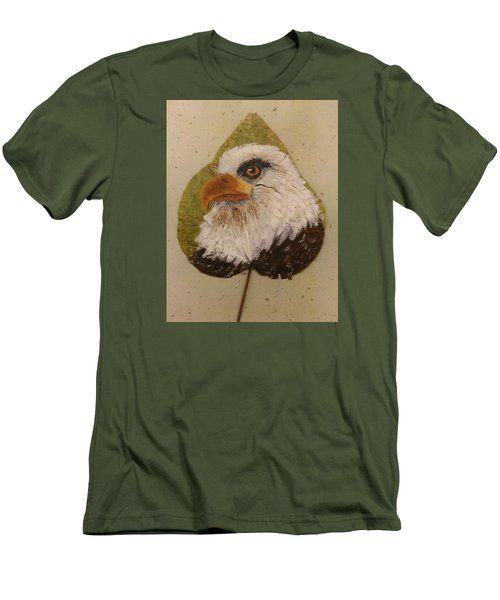 Bald Eagle Side Veiw Men's T-Shirt (Athletic Fit)