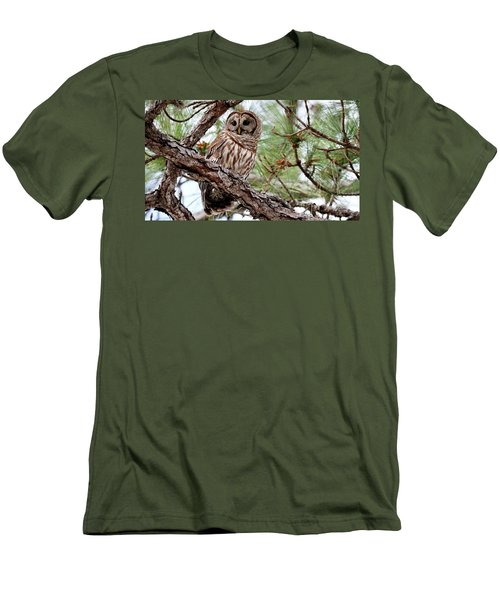 Barred Owl On Tree Branch Men's T-Shirt (Slim Fit)