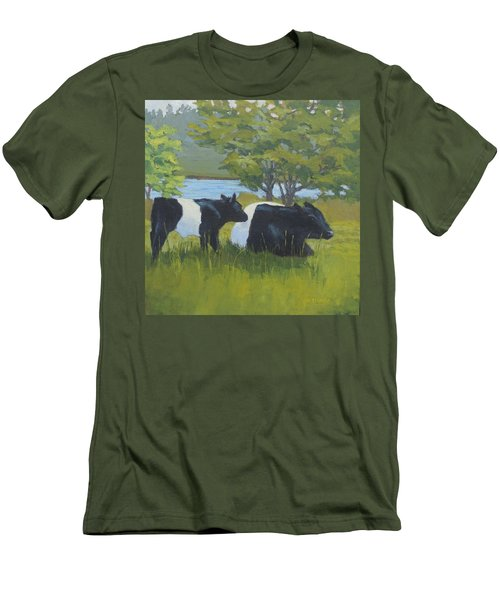 Belted Galloway And Calf Men's T-Shirt (Athletic Fit)