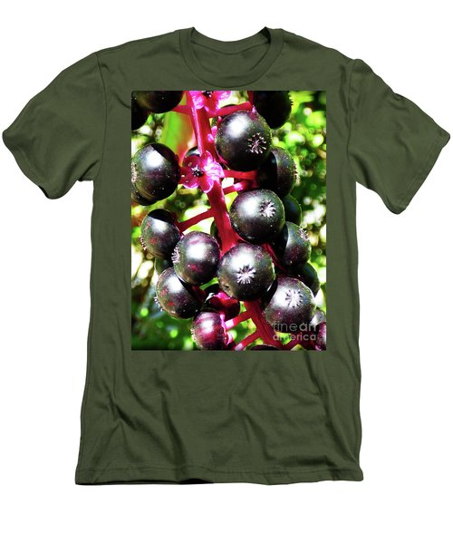 Wild Purple Pokeweed Berries  Men's T-Shirt (Athletic Fit)