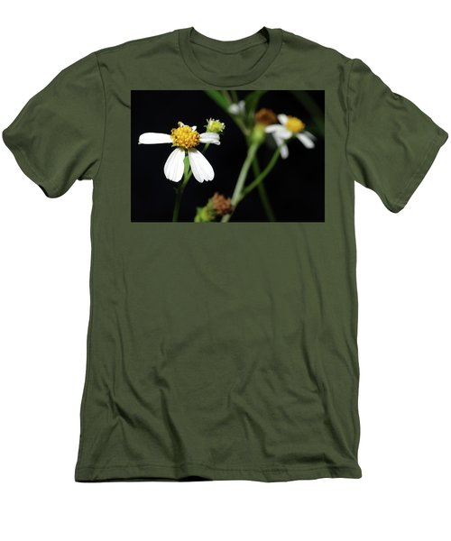 Men's T-Shirt (Slim Fit) featuring the photograph Bidens Alba by Richard Rizzo