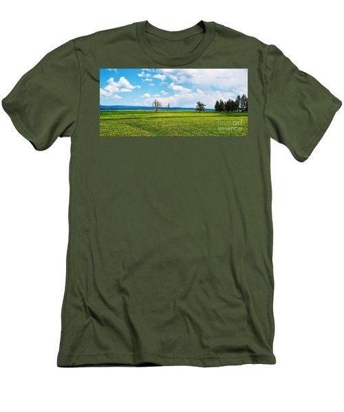 Big Summit Prairie In Bloom Men's T-Shirt (Athletic Fit)
