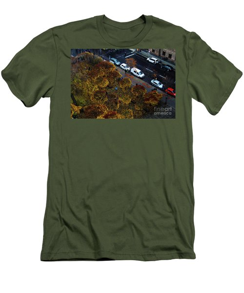 Bird's Eye Over Berlin Men's T-Shirt (Athletic Fit)