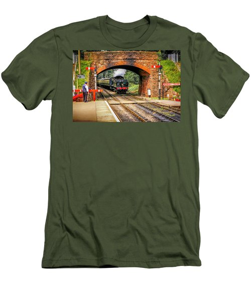 Bishops Lydeard Station, Uk Men's T-Shirt (Athletic Fit)