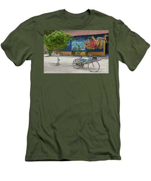 Blue Bicycle Men's T-Shirt (Athletic Fit)