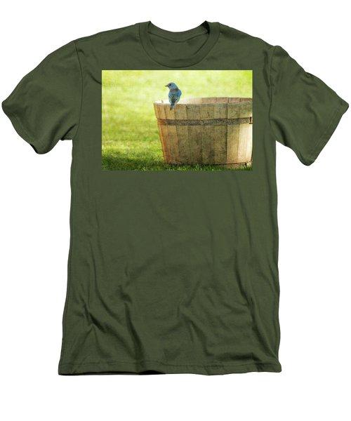 Bluebird Resting On Bucket, Textured Men's T-Shirt (Athletic Fit)