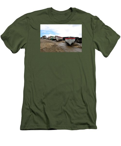 Boats,fishing-24 Men's T-Shirt (Athletic Fit)