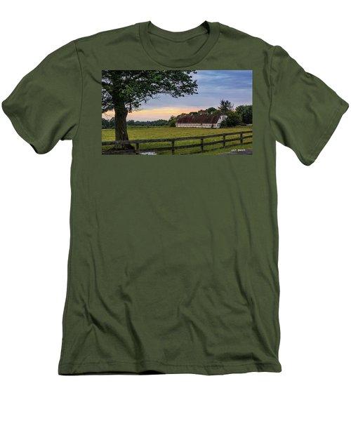 Boxwood Farm Men's T-Shirt (Athletic Fit)