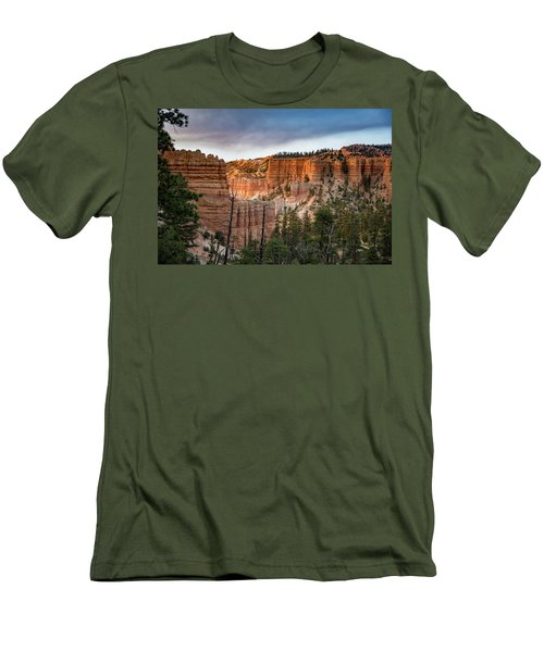 Bryce Canyon 4 Men's T-Shirt (Athletic Fit)