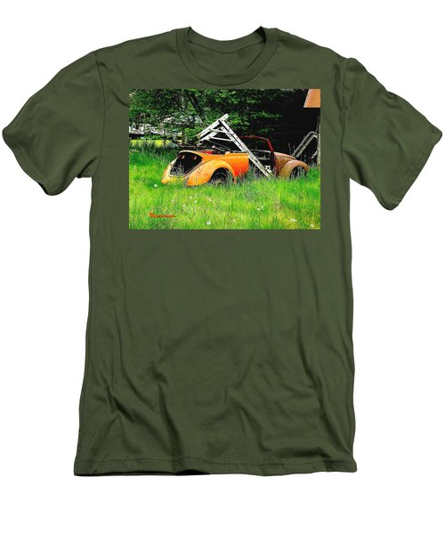 Men's T-Shirt (Slim Fit) featuring the photograph Bugsy by Sadie Reneau