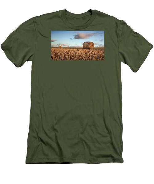 Bundy Hay Bales #7 Men's T-Shirt (Athletic Fit)
