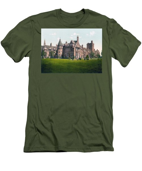 Cambridge - England - Girton College Men's T-Shirt (Athletic Fit)