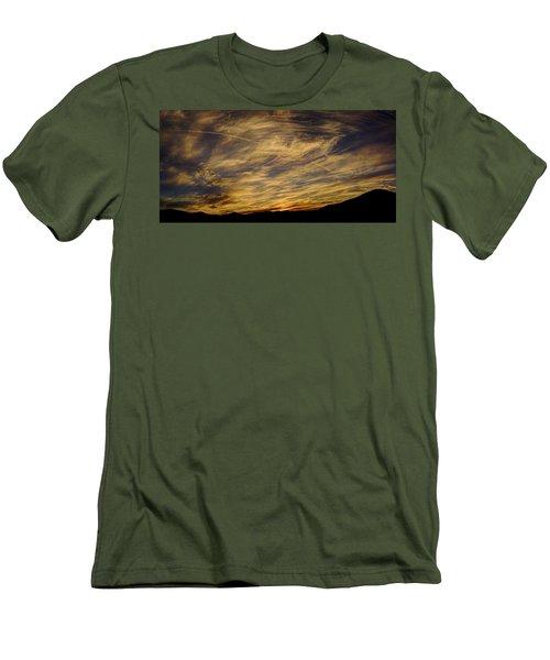 Canyon Hills Sunset Men's T-Shirt (Athletic Fit)
