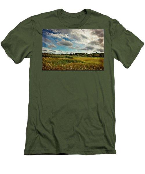 Cape Cod Marsh 2 Men's T-Shirt (Athletic Fit)