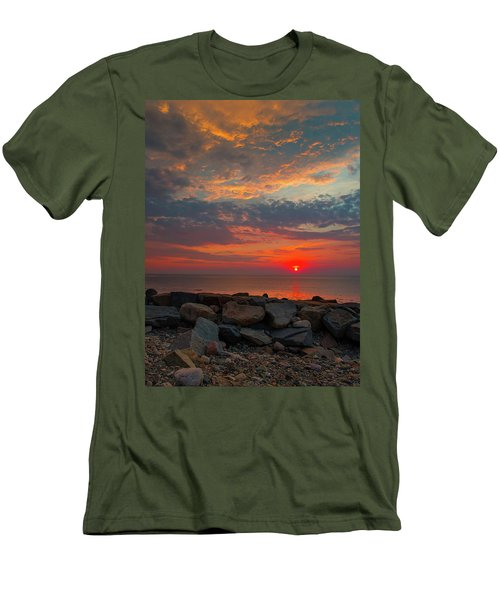 Cedar Point Sunrise Men's T-Shirt (Athletic Fit)