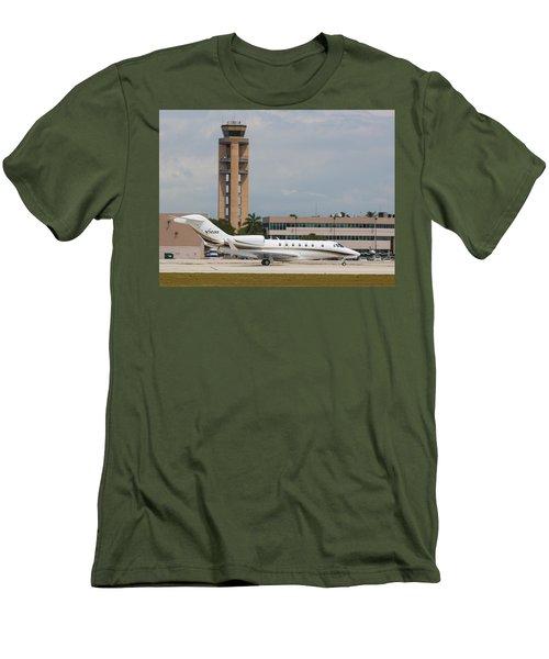 Cessna 750 Jet Men's T-Shirt (Athletic Fit)