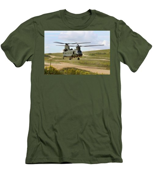 Ch47 Chinook In The Dust Bowl Men's T-Shirt (Athletic Fit)