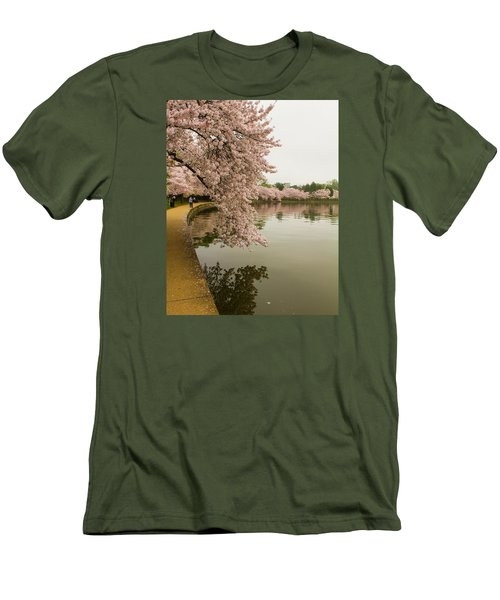 Cherry Blossoms Along The Tidal Basin 8x10 Men's T-Shirt (Athletic Fit)