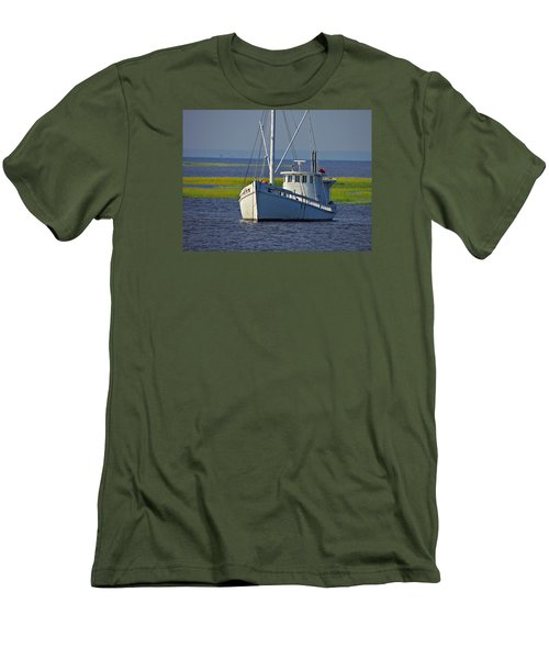 Men's T-Shirt (Slim Fit) featuring the photograph Chesapeake Buy Boat by Laura Ragland