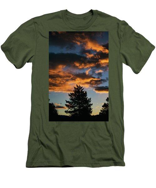 Christmas Eve Sunrise 2016 Men's T-Shirt (Athletic Fit)