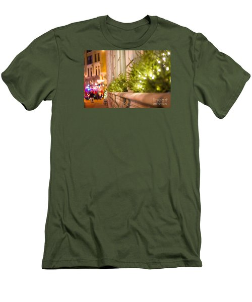 Christmas In St Paul Men's T-Shirt (Athletic Fit)