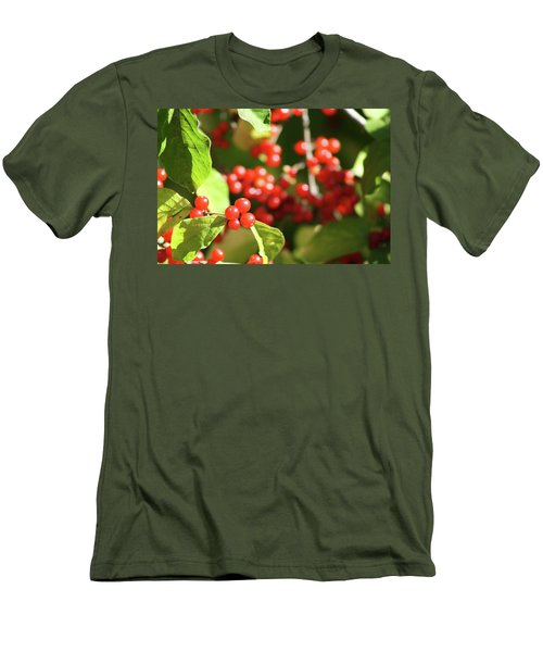 Close Up Of Red Berries Men's T-Shirt (Slim Fit) by Michele Wilson