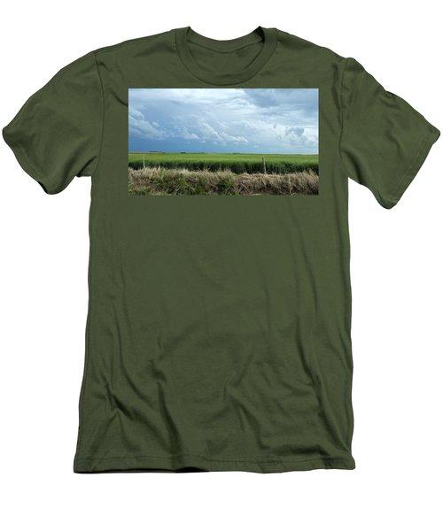Cloud Gathering Men's T-Shirt (Athletic Fit)