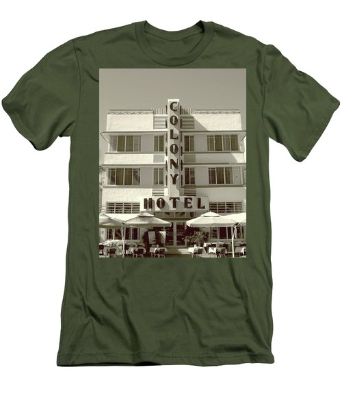 Colony Hotel South Beach Men's T-Shirt (Athletic Fit)