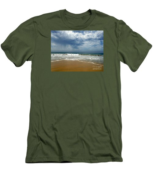 Corona Del Mar 1 Men's T-Shirt (Athletic Fit)