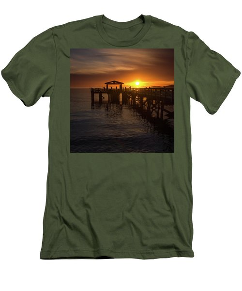 Davis Bay Pier Sunset 2 Men's T-Shirt (Athletic Fit)