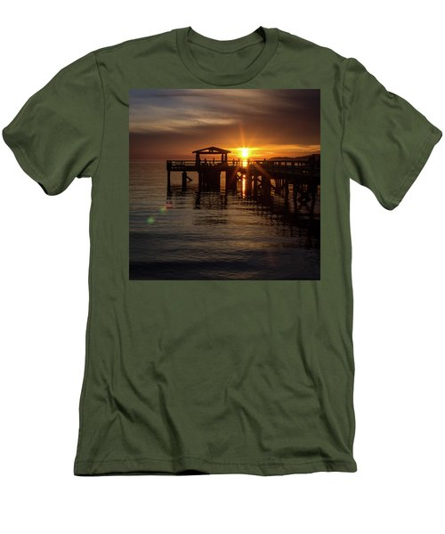 Davis Bay Pier Sunset Men's T-Shirt (Athletic Fit)