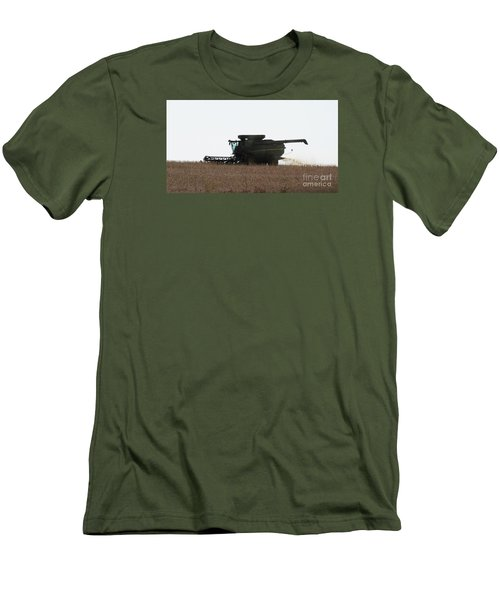 Deere Harvesting Men's T-Shirt (Athletic Fit)