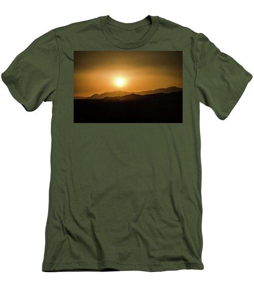 Desert Mountain Sunset Men's T-Shirt (Athletic Fit)