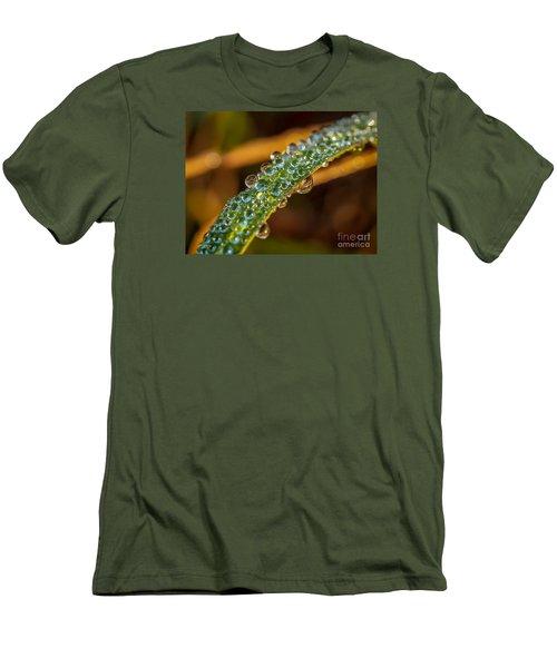 Dew Drop Reflection Men's T-Shirt (Athletic Fit)