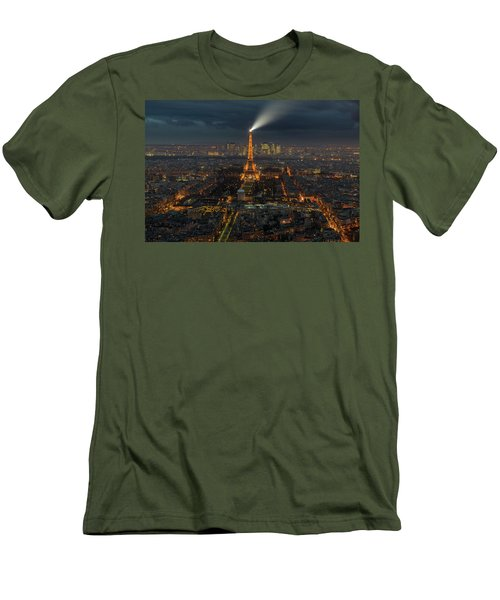 Didn't Know Paris Has A Skyline Men's T-Shirt (Slim Fit) by Alex Aves