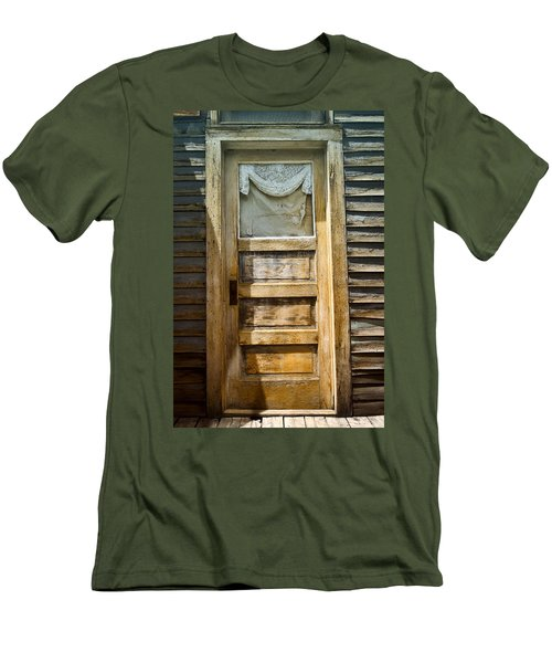 Doors Of St Elmo I Men's T-Shirt (Athletic Fit)