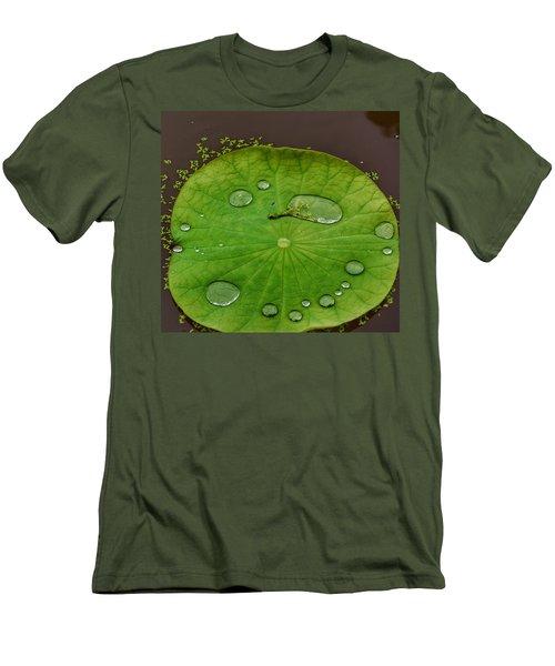 Droplets I Men's T-Shirt (Athletic Fit)