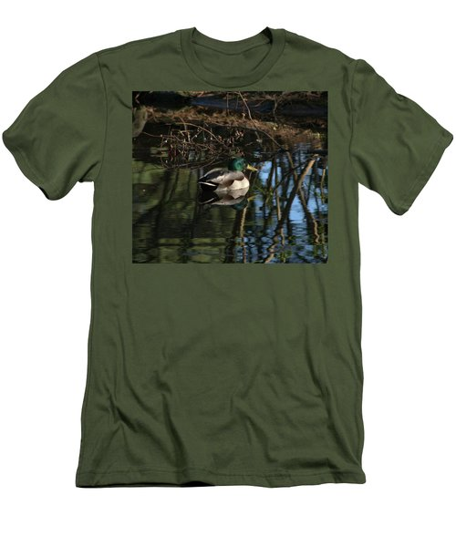 Duck Resting Men's T-Shirt (Athletic Fit)