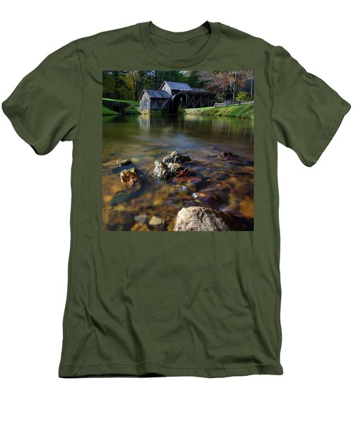 Ducks View Of Mabry Mill Men's T-Shirt (Athletic Fit)