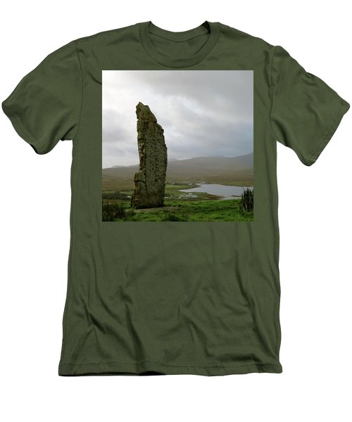 Duirinish Stone Men's T-Shirt (Athletic Fit)
