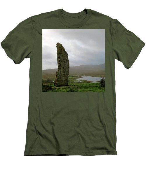 Duirinish Stone Men's T-Shirt (Athletic Fit)