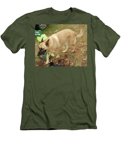 Duke Men's T-Shirt (Slim Fit) by Jerry Battle