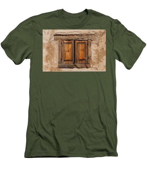Earthen Men's T-Shirt (Athletic Fit)