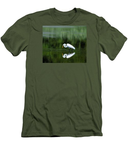 Egret Reflection Men's T-Shirt (Athletic Fit)
