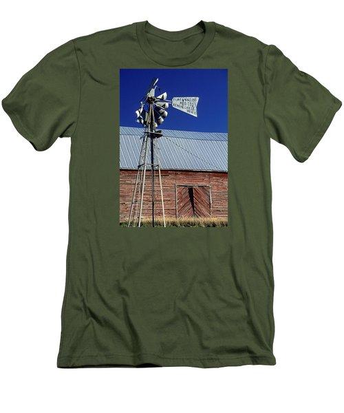 Eid Road Windmill Men's T-Shirt (Athletic Fit)