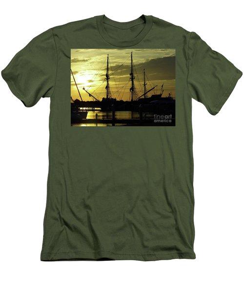 El Galeon Sunrise Men's T-Shirt (Slim Fit) by D Hackett