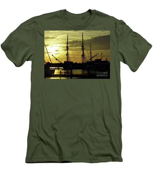 El Galeon Sunrise Men's T-Shirt (Athletic Fit)